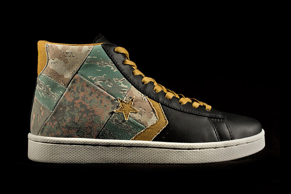 689c1ea246bdcd Stussy x Converse First String Pro Leather